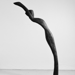 THROUGH THE WIND, robinia, H 220 cm, 2008