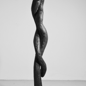 HOLD, robinia, H 187 cm, 2007